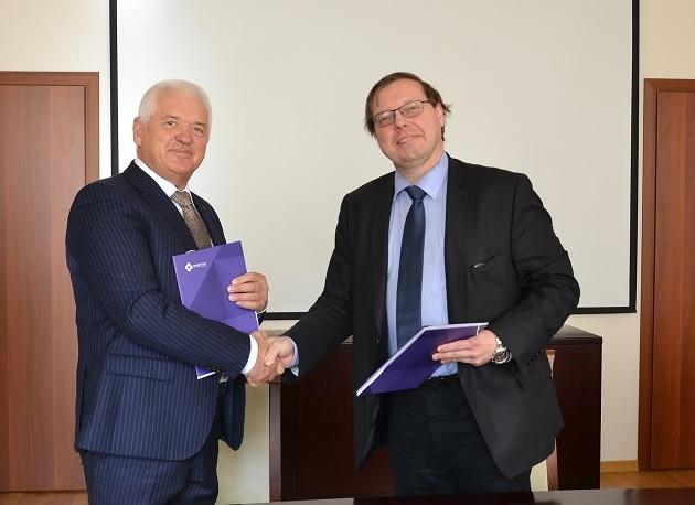 ОАО «Пластик» и Институт Топчиева подписали Меморандум о сотрудничестве